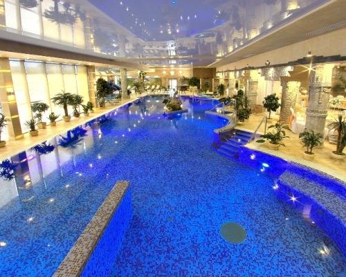 отели с бассейном в Подмосковье